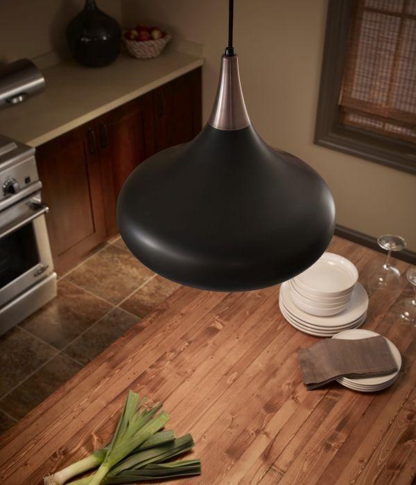 lampa wisząca nad wyspę w kuchni - drewniana